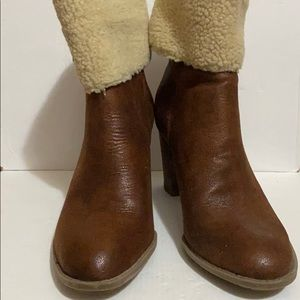 Nickels brown ankle boots